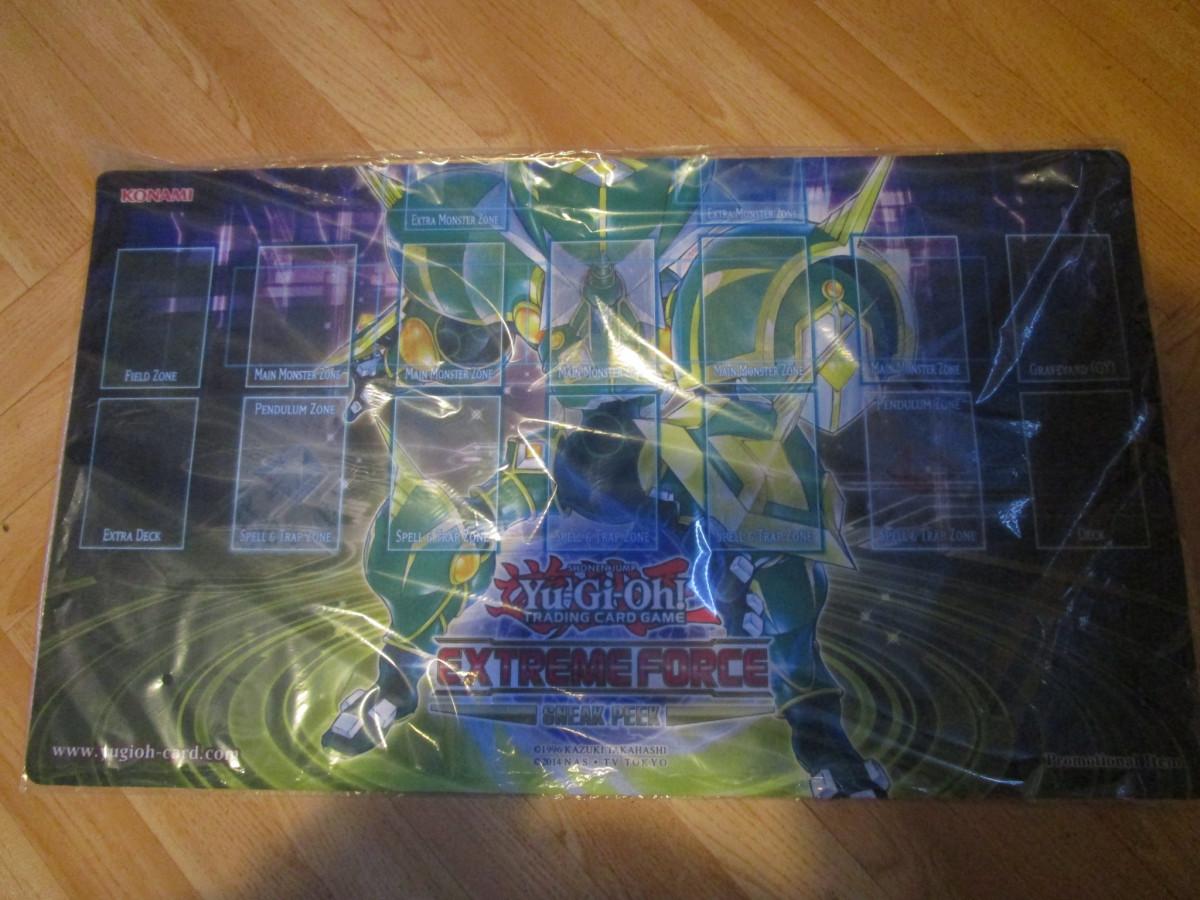Yu-Gi-Oh Extreme Force Sneak Peek Spielmatte