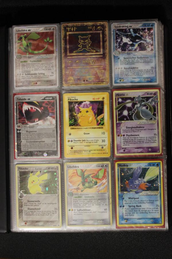 Erste Pokemon Karte und Goldstars