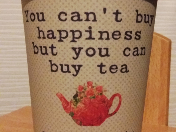 Tea is live, tea is love.