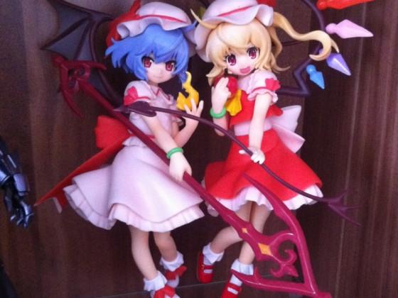 Die Scarlet Schwestern...